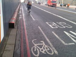 Blackfriars Bridge southbound cycle lane